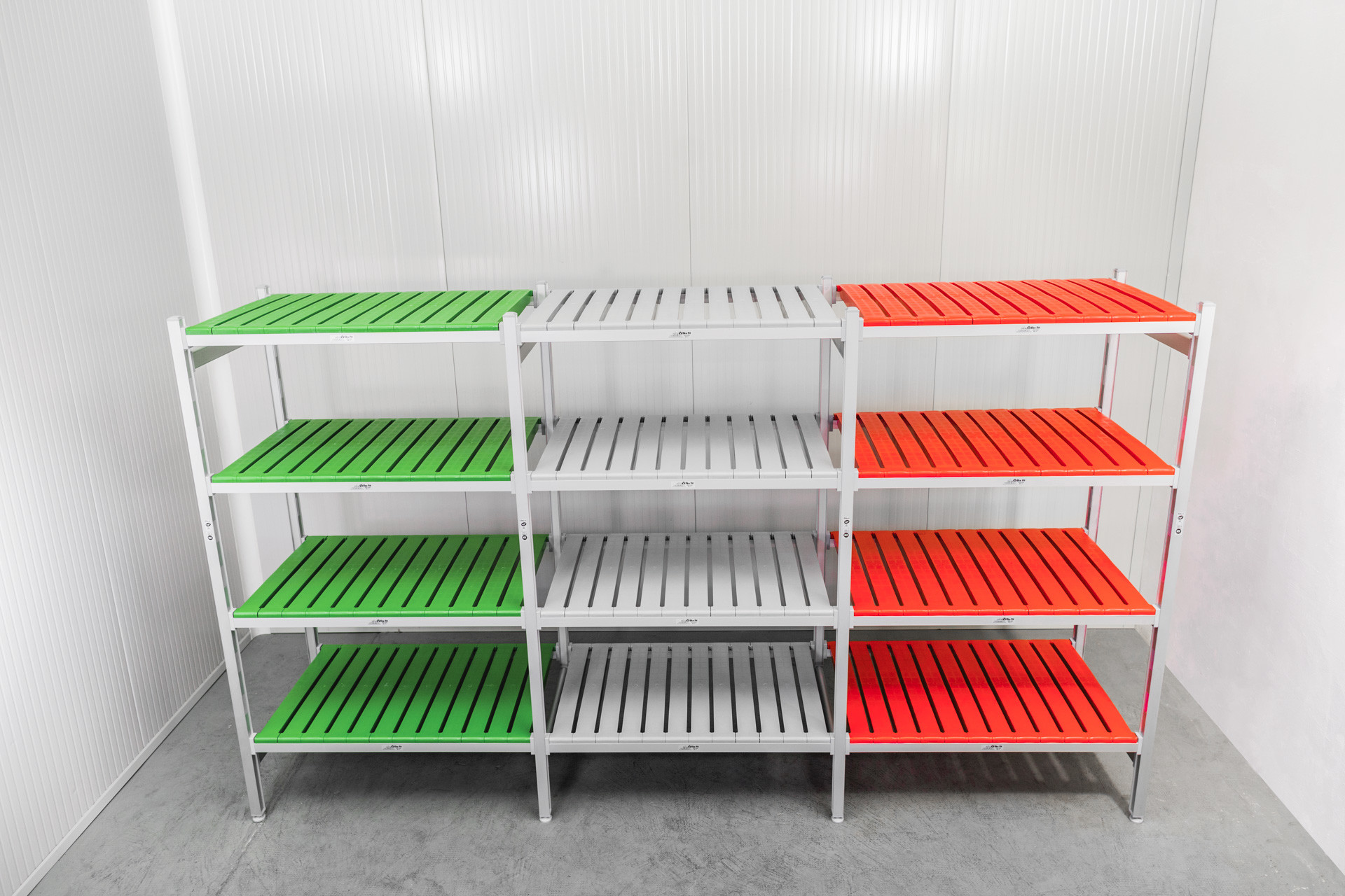 colored-shelving
